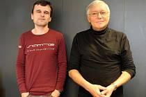 Viktor Brabec (vpravo) a jeho kolega Jaroslava Malina z brněnského Biofyzikálního ústavu Akademie věd.