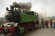 Muzeum v Tišnově uspořádalo přehlídku lokomotiv na vlakovém nádraží.