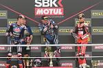 Mistrovství světa superbiků 2018 v Brně. Na snímku zleva druhý Van Der Mark Ned, vítěz Lowes a třetí Davies.
