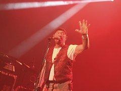V Brně vystoupila britská rocková skupina Jethro Tull s Ianem Andersonem.