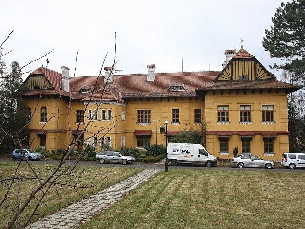 Bývalá střední zahradnická škola v brněnských Bohunicích.
