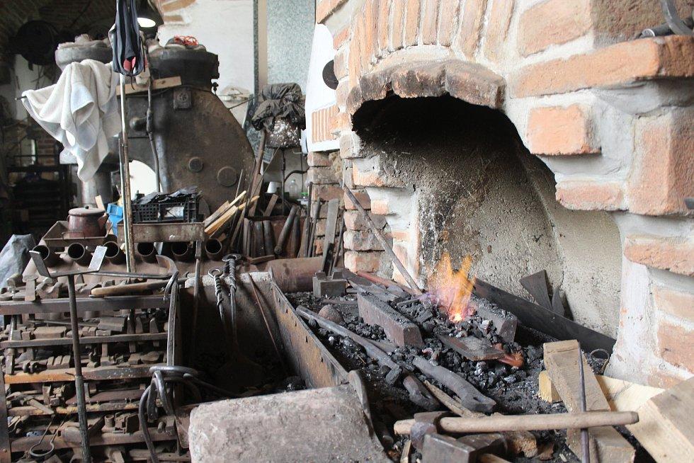 Devátý ročník Obřanského obra na Hamerském mlýně.