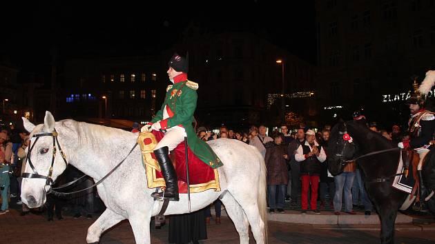 Francouzský císař Napoleon prošel se svým vojskem v sobotu v podvečer historickým centrem Brna.