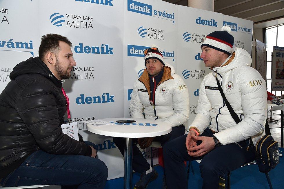 Olympijský festival v areálu brněnského výstaviště - sportovní redaktor Deníku Rovnost si povídá se sáňkaři Lukášem Brožem a Matějem Kvíčalou.