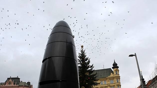 Orloj na náměstí Svobody v Brně rozmontují. Časový stroj se kvůli opravě zastaví