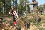 Sázení stromů v Jubilejní aleji k výročí 100 let od vzniku ČSR