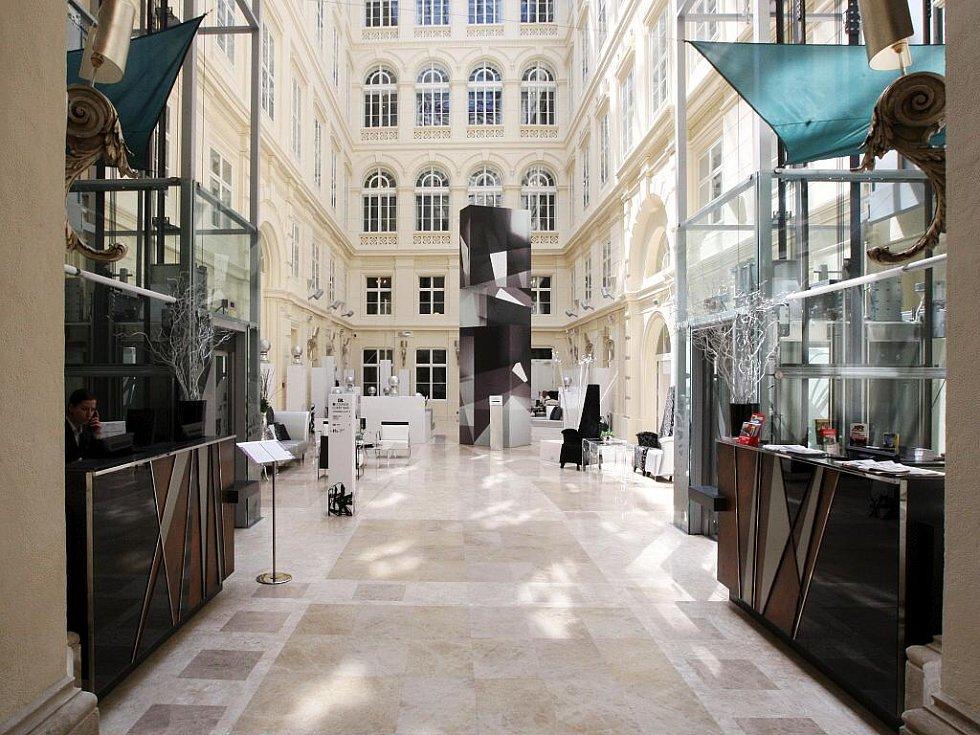 Čtyřhvězdičkový hotel Comsa na brněnském Šilingrově náměstí.
