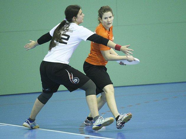 Halové mistrovství ve frisbee už po páté hostilo Brno.
