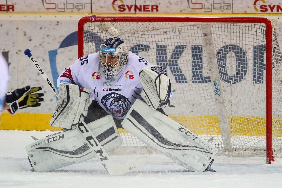 Utkání 50. kola Tipsport extraligy ledního hokeje se odehrálo 26. února 2017 v liberecké Home Credit areně. Utkaly se celky Bílí Tygři Liberec a HC Kometa Brno. Na snímku brankář Roman Will.