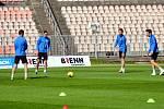 Fotbalisté Zbrojovky trénovali v omezeném režimu už na jaře.