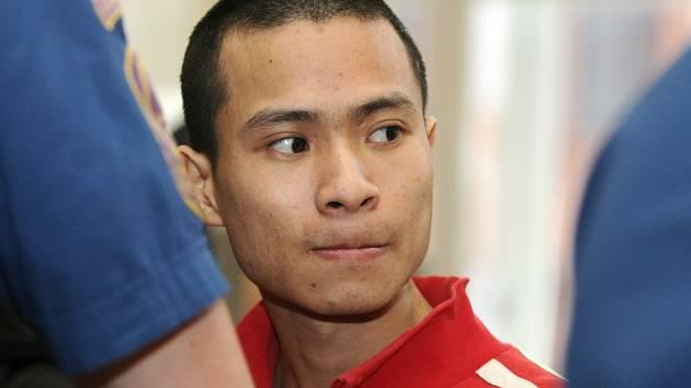 Jeden z Vietnamců, který je obžalovaný z prodeje drog.