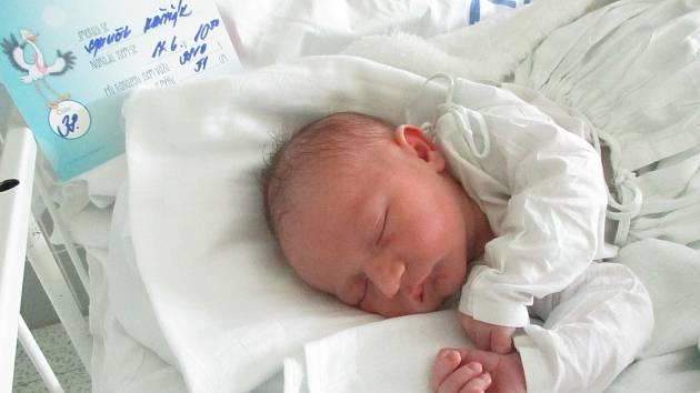 Samuel Kršňák, Břeclav, 17. června 2020, 10.50, Nemocnice Břeclav, 51 centimetrů, 3810 gramů.