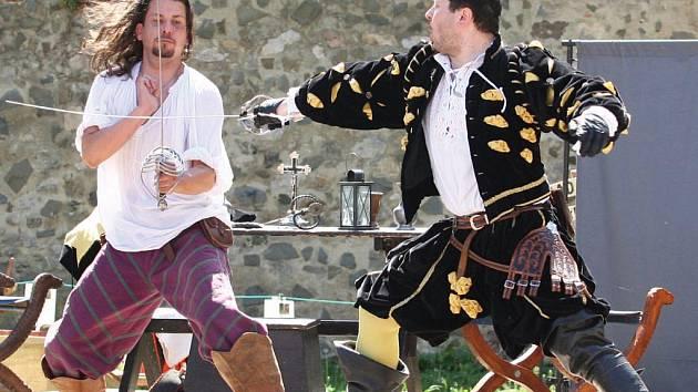 Šermířský festival v Brně je nesoutěžní přehlídkou nejznámějších souborů v České republice.