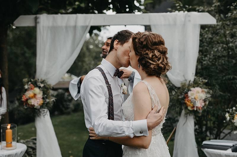 Svatební foto Jakubikovi.