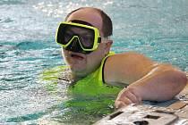 Mezinárodní juniorskou soutěží vodních záchranářů ožil o víkendu bazén Tělovýchovné jednoty Tesla v brněnské Lesné. Akci pořádala místní skupina vodních záchranářů Brno-město.