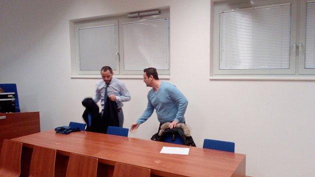 Podmíněný trest tři roky s odkladem na 5 let dostal u Okresního soudu Brno-venkov Tomáš Janiak.