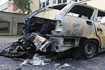 Požár auta v brněnské Gellnerově ulici.