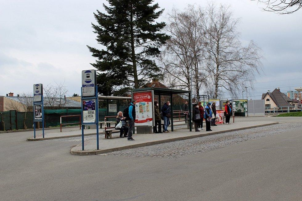 Autobusové nádraží v Kuřimi na Brněnsku.