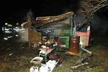 Po požáru v brněnských Bohunicích zůstala v chatce dvě lidská torza.