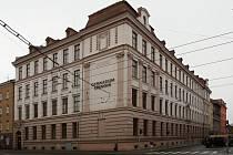 Oslavy 105. výročí brněnského gymnázia v Křenové ulici začínají v úterý.