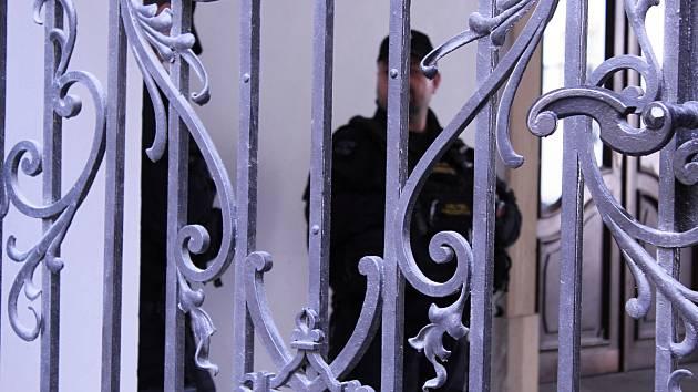 Policisté z Národní centrály proti organizovanému zločinu zasahovali na radnici Brna-středu i v březnu 2019.