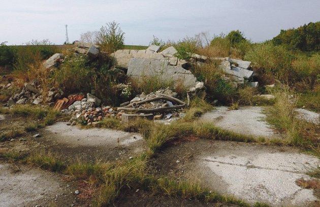 Původní stav panelové plochy pod vrtnou soupravou