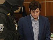 Američan Kevin Dahlgren obviněný ze čtyřnásobné vraždy.
