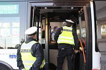 Policisté kontrolovali alkohol u řidičů.