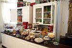 Výstavu o historii cukrářského umění si mohou v těchto dnech prohlédnout lidé v Letohrádku Mitrovských. Je s ní spojená i odložená výstava Svět skřítků a trpaslíků, kteří také rádi mlsají.