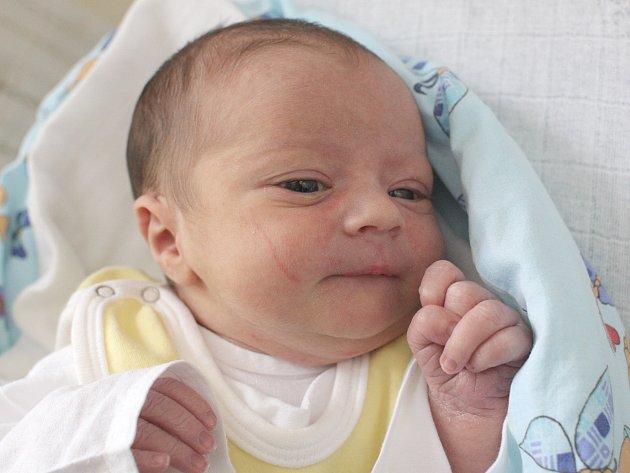 Maxmilián Enčev z Brna nar. 24.9.2017 v Nemocnici Milosrdných bratří v 05.09hod váží 2930gr a měří 50cm.