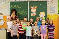 Žáci 1.C ze ZŠ v ulici Úvoz 55 v Brně s paní učitelkou Jitkovu Kysilkovou.