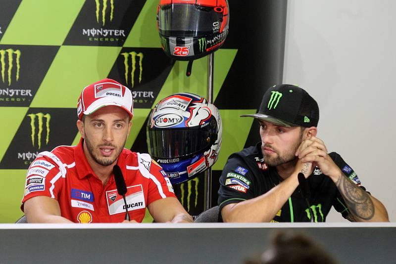 Tisková konference s jezdci Moto GP - zleva Andrea Dovizioso a Jonas Folger.