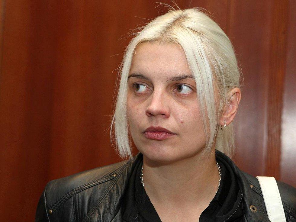 Olena Belejová.