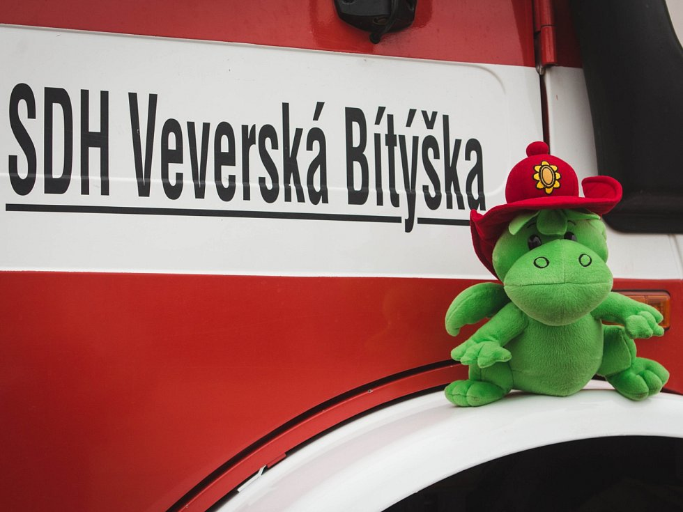 Dobrovolní hasiči z Veverské Bítýšky.