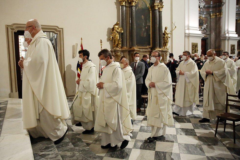 Nový oltář v katedrále sv. Petra a Pavla posvětil brněnský biskup Vojtěch Cikrle.
