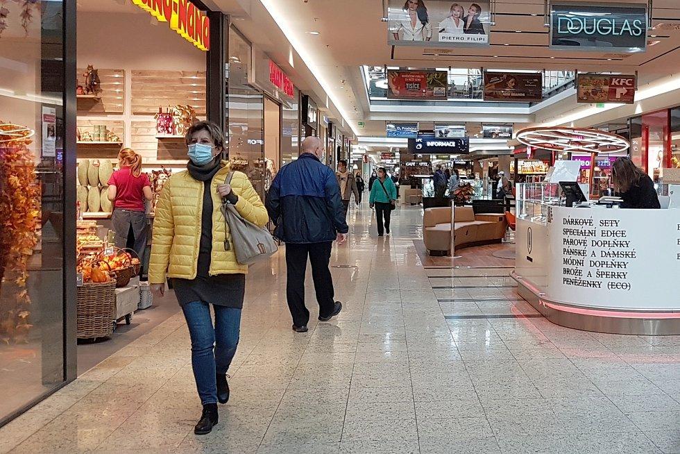Protikoronavirová opatření, zavřené posilovny a sportoviště. (Galerie Vaňkovka)