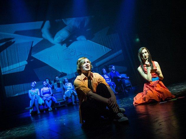Co zbylo z Anděla - Na snímku jsou Adam Rezner a Jitka Jackuliak.