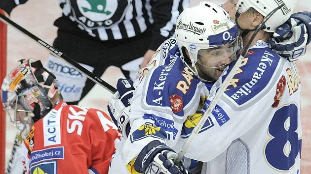 Hokejový útočník Komety Jakub Šindel.