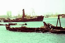 Na vrakovišti v súdánském Port Sudan skončila i Karáskova loď.