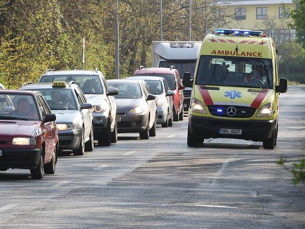 Až desítky minut zpoždění nabíraly tramvaje a autobusy v brněnských Vinohradech a Židenicích.