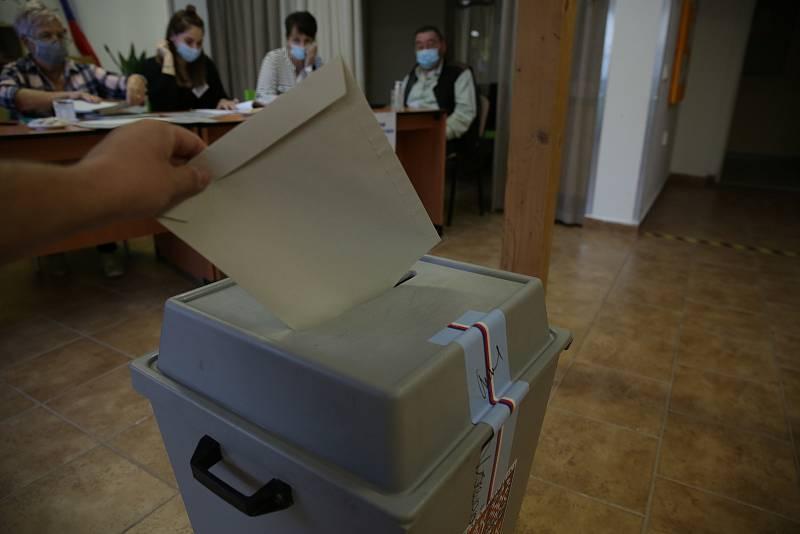 Parlamentní volby v pátek 8. října ve Slavkově u Brna