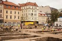Archeologické vykopávky na parkovišti za besedním domem. Má zde být postaveno Janáčkovo kulturní centrum.