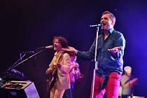 V zítřejším programu festivalu Moravské hrady vystoupí na Veveří i skupina MIG 21 se svým frontmanem Jiřím Macháčkem (na snímku vpravo).
