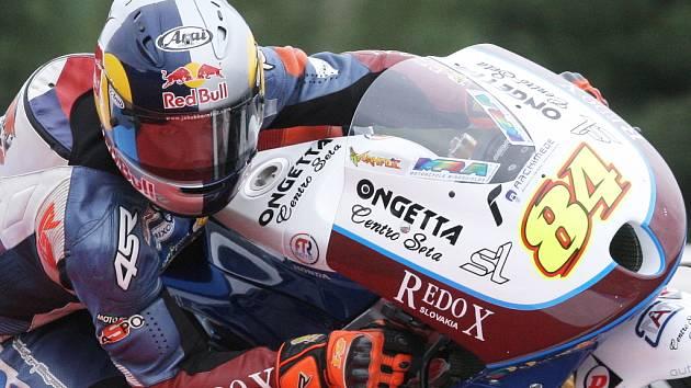 Brňan Karel Abraham i rohatecký Jakub Kornfeil odstartují v neděli do Velké ceny České republiky silničních motocyklů z třetí řady.