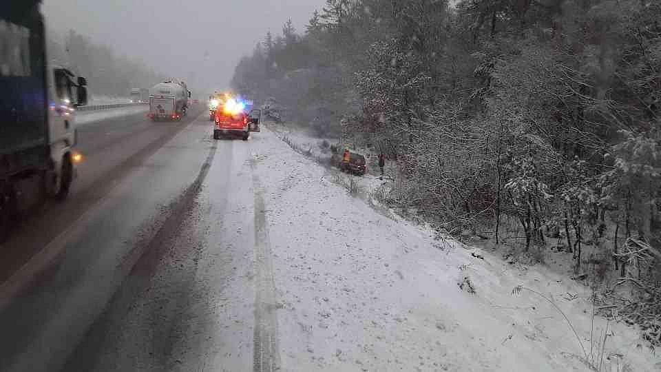 Nehoda auta u Domašova.