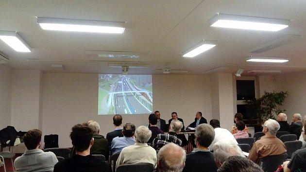 Diskuze ke stavbě části velkého městského okruhu v Žabovřeské ulici.
