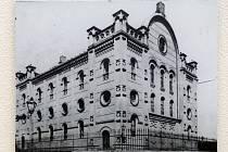 Židovské pohlednice v Paláci Šlechtičen.