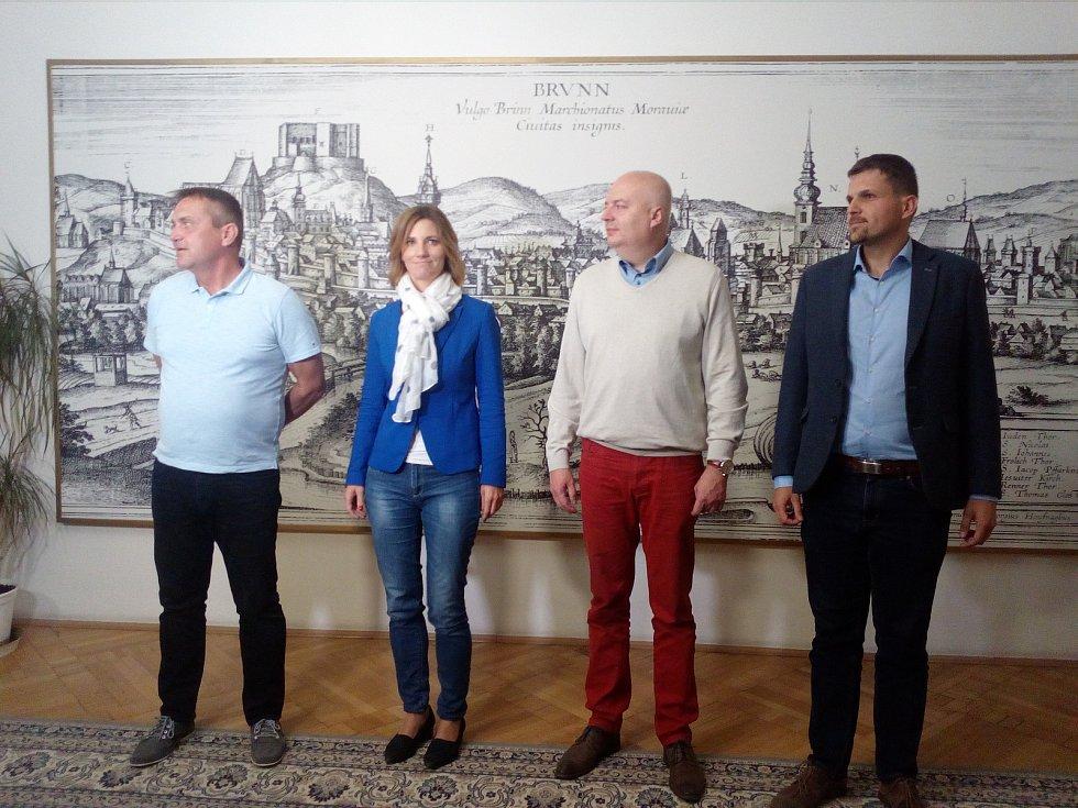 Koaliční jednání v Brně začala schůzkou lídrů hnutí ANO, ODS, ČSSD a KDU-ČSL. Nyní je situace úplně jiná - ANO je vyšachované.