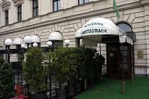 Brněnská restaurace Slavia.