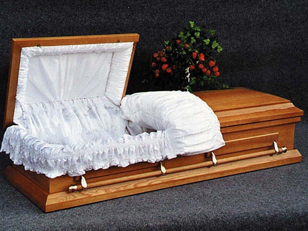 Rakev, kterou familérně pojmenovali Viktoria.